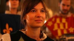 Jean speaks to king, Marie Lussignol dans le rôle de Jeanne d'Arc, EWTN production